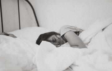 日曜日の夜に眠れない時の対処法