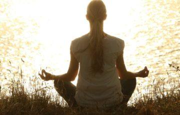 精神力が弱い人は瞑想すべき