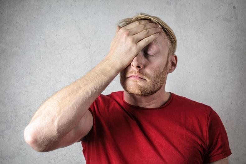 職場の雰囲気が悪いと起こる悪影響