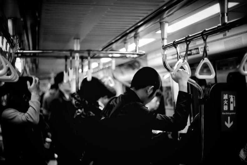 正社員のストレスは日本特有?