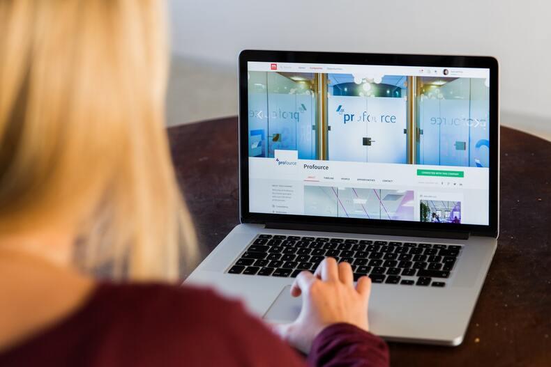 動画でwebマーケティングを学ぶ